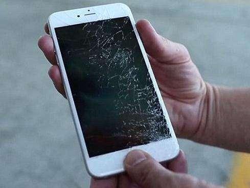 手机维修工程师:这些行为最有可能导致手机报废