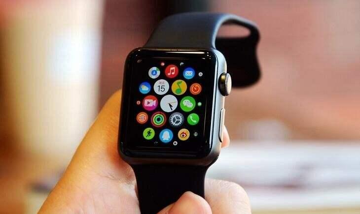 今年推出的新款 Apple Watch 或将支持血氧检测