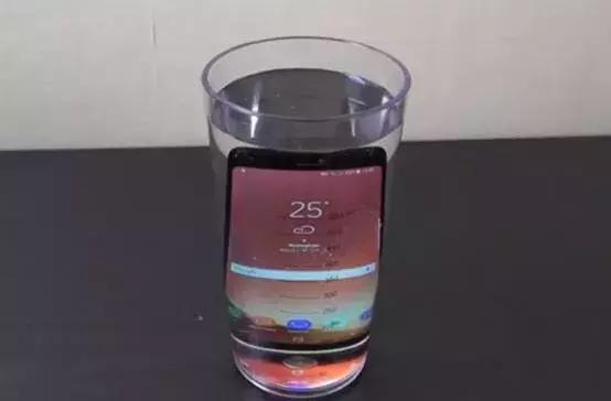 手机进水怎么办,手机防水功能