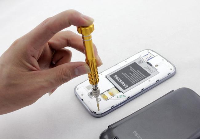 苹果手机进水找闪电修免费上门手机维修