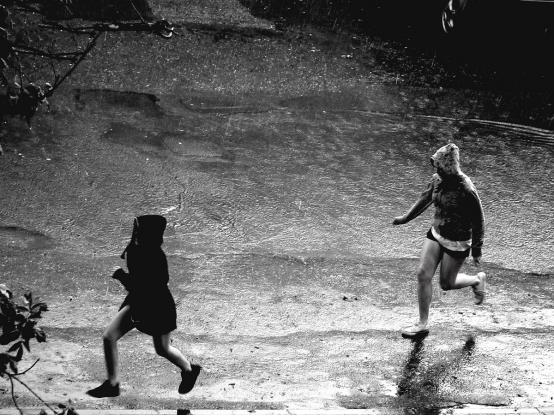 下雨天跑步
