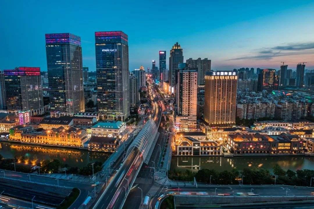 闪电修正式开通武汉地区手机上门维修服务!
