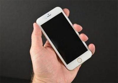 手机黑屏怎么办